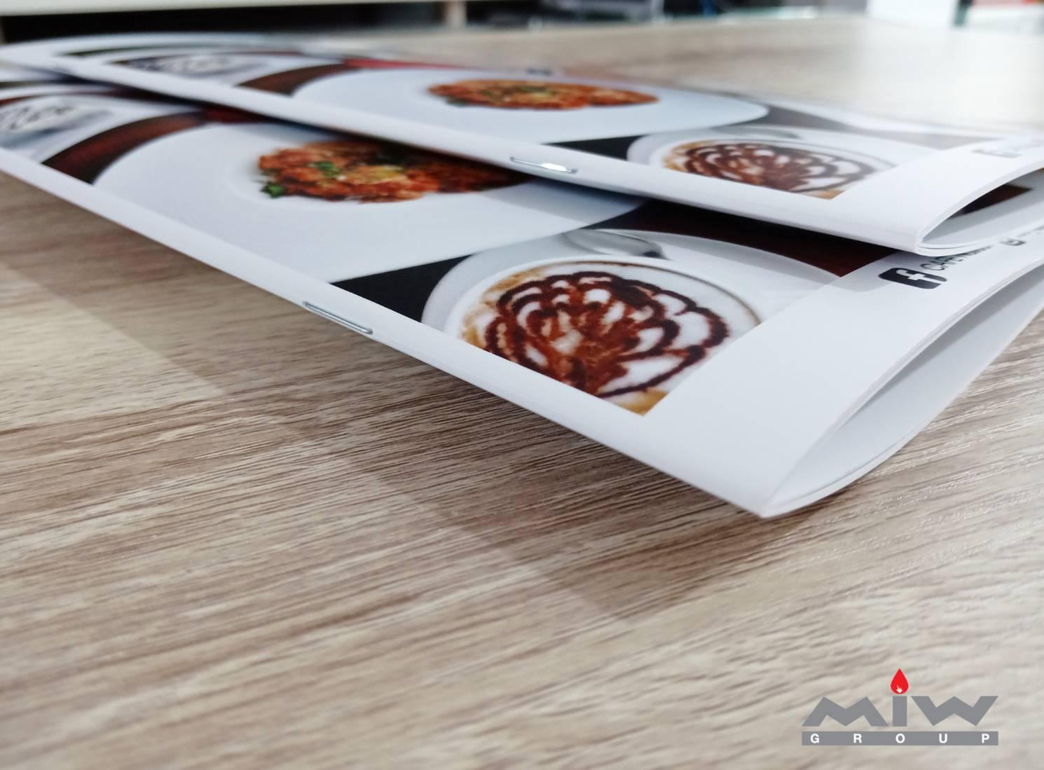 409453 - ตัวอย่างงานพิมพ์เมนูอาหารร้าน Caf'e Nasuan
